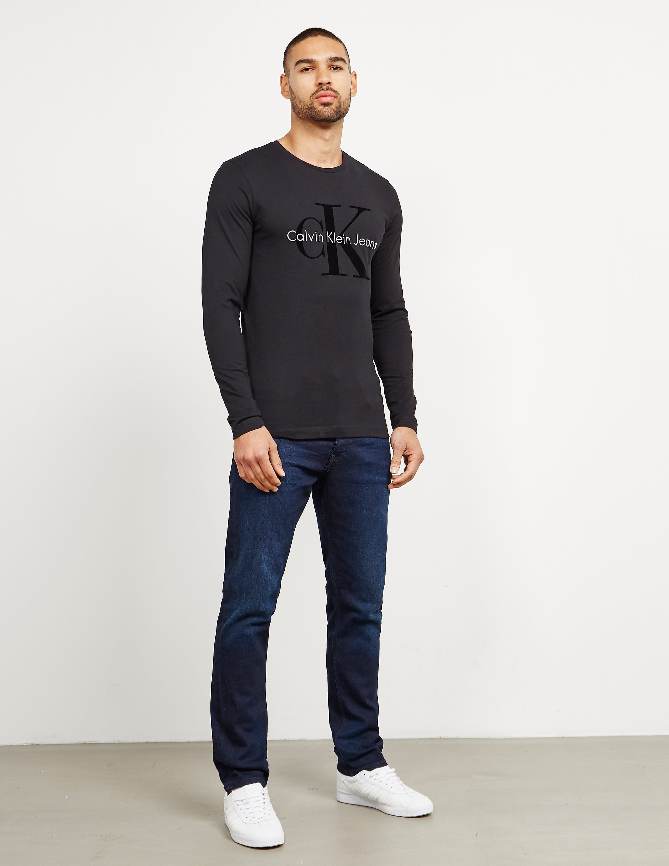 Calvin Klein Tributo Long Sleeve T-Shirt