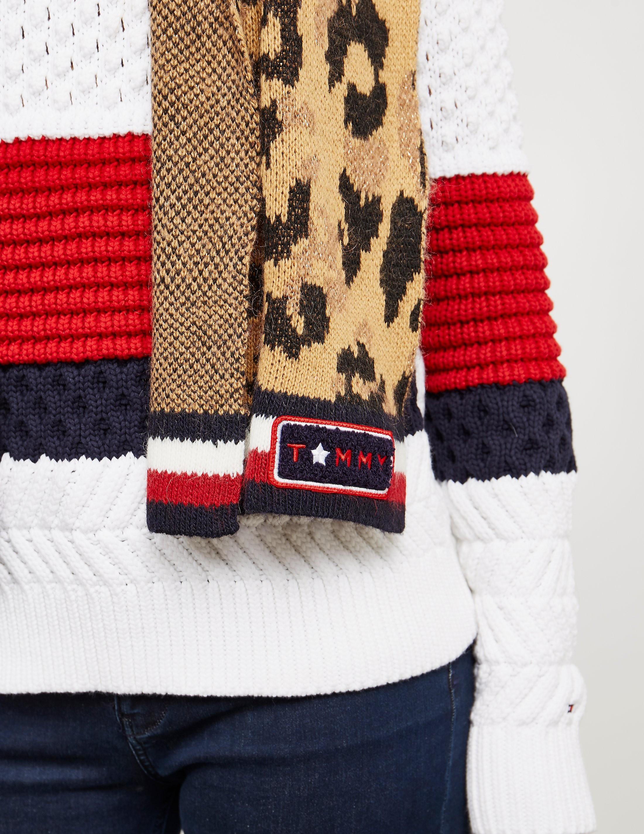 Tommy Hilfiger Leopard Knit Scarf