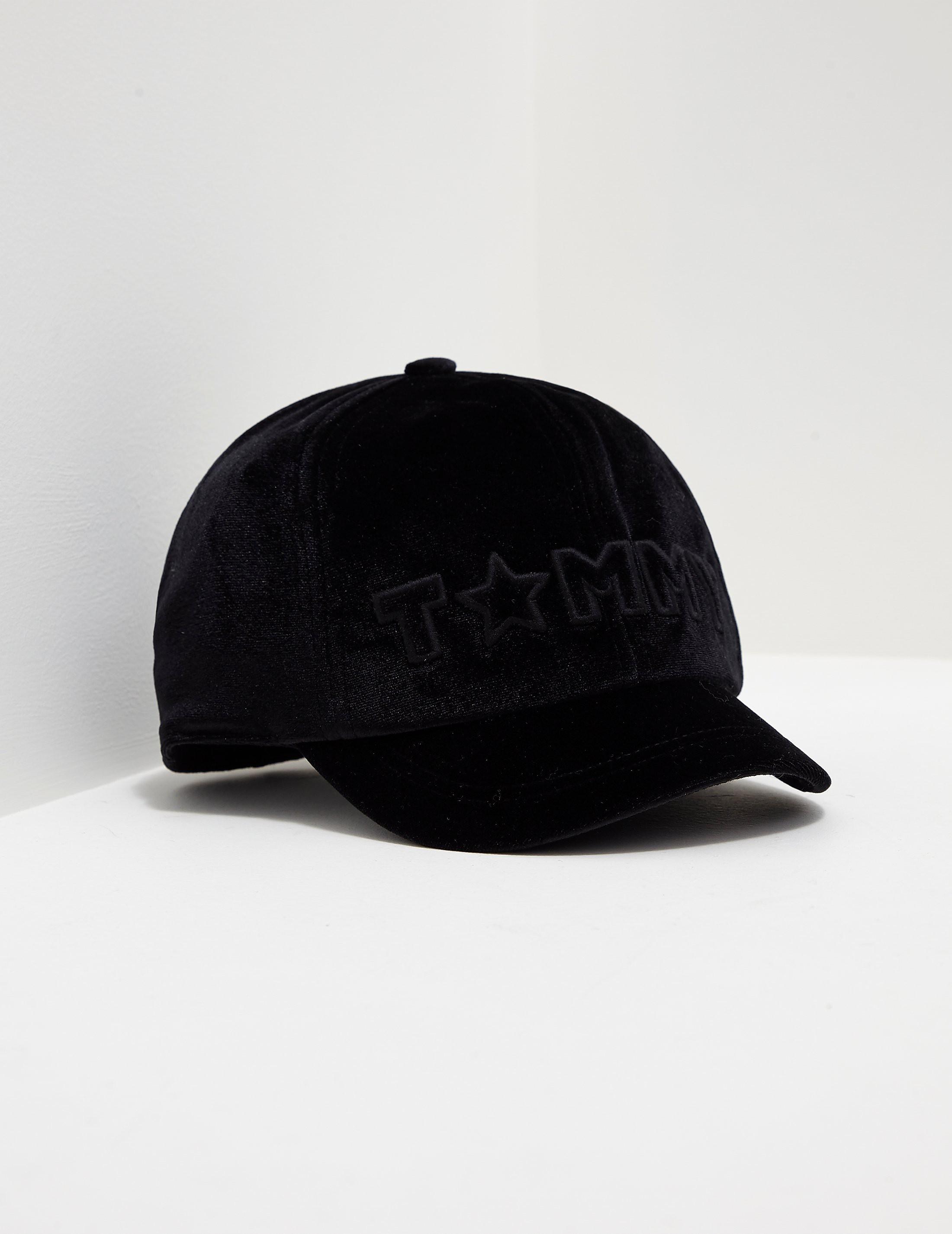 Tommy Hilfiger Velvet Cap