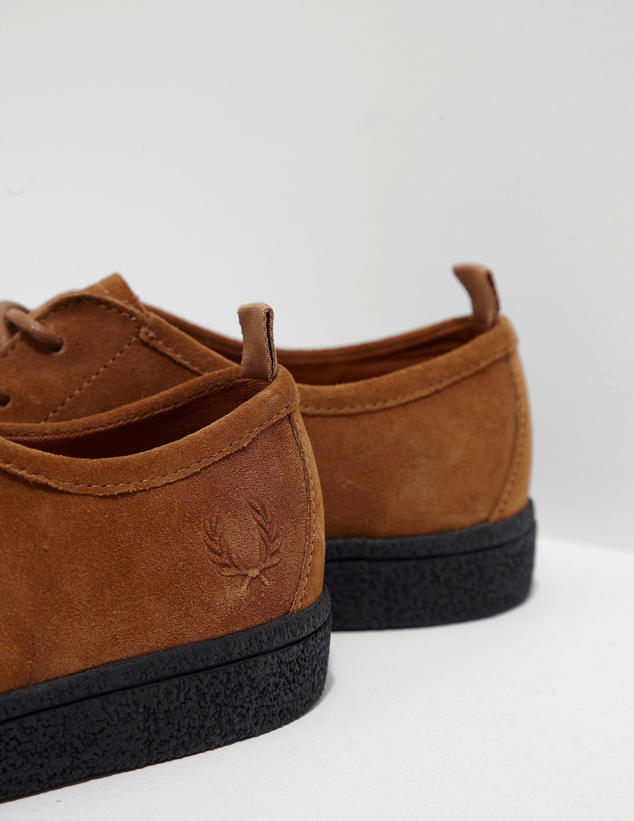 Fred Perry Shields Crepe