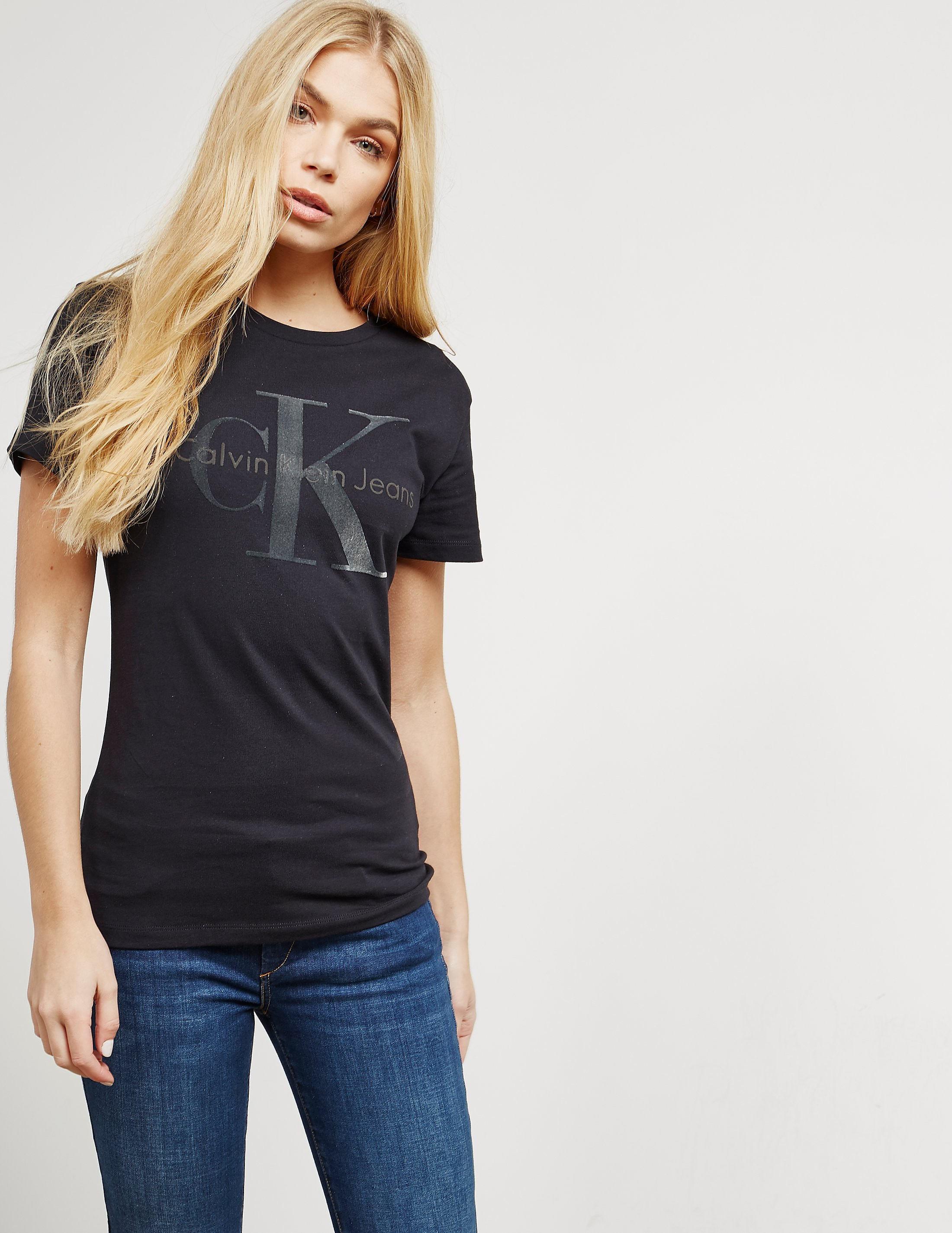 Calvin Klein Tanya-38 Short Sleeve T-Shirt