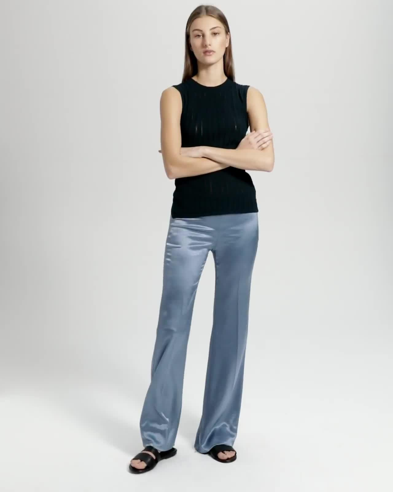 CLEAN FLARE PANT