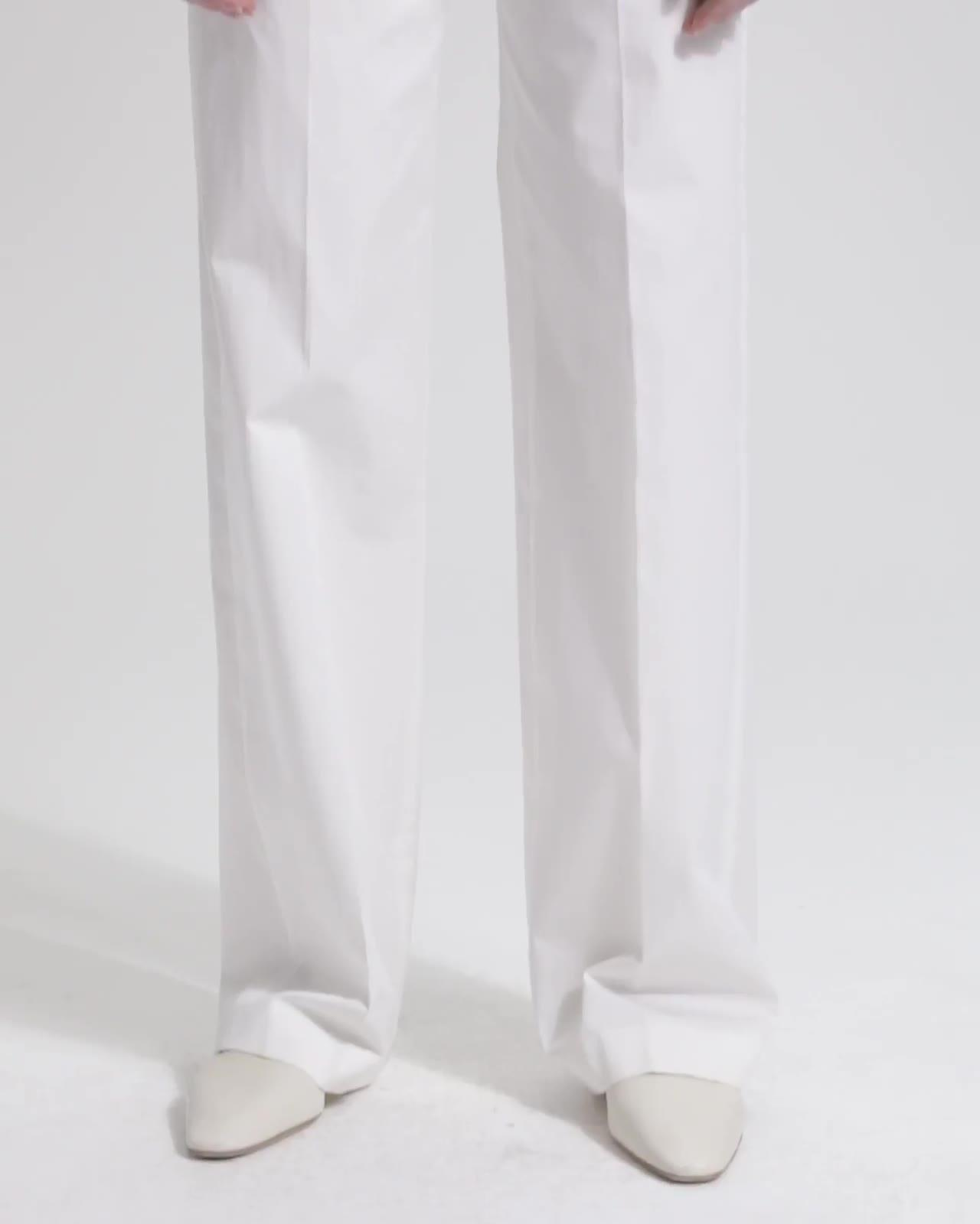 Clean Trouser in Classic Chino
