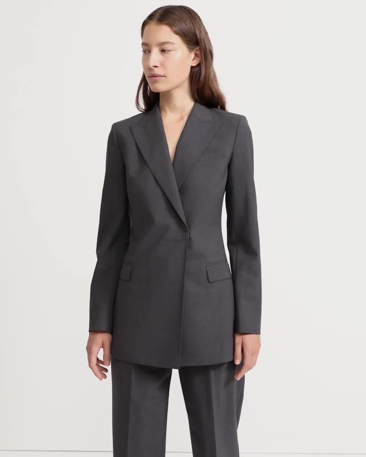 Double-Breasted Hook Blazer in Good Wool