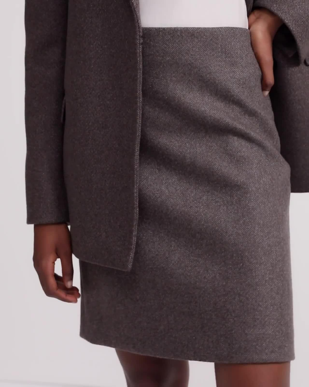 Cashmere Tweed Clean Pencil Skirt
