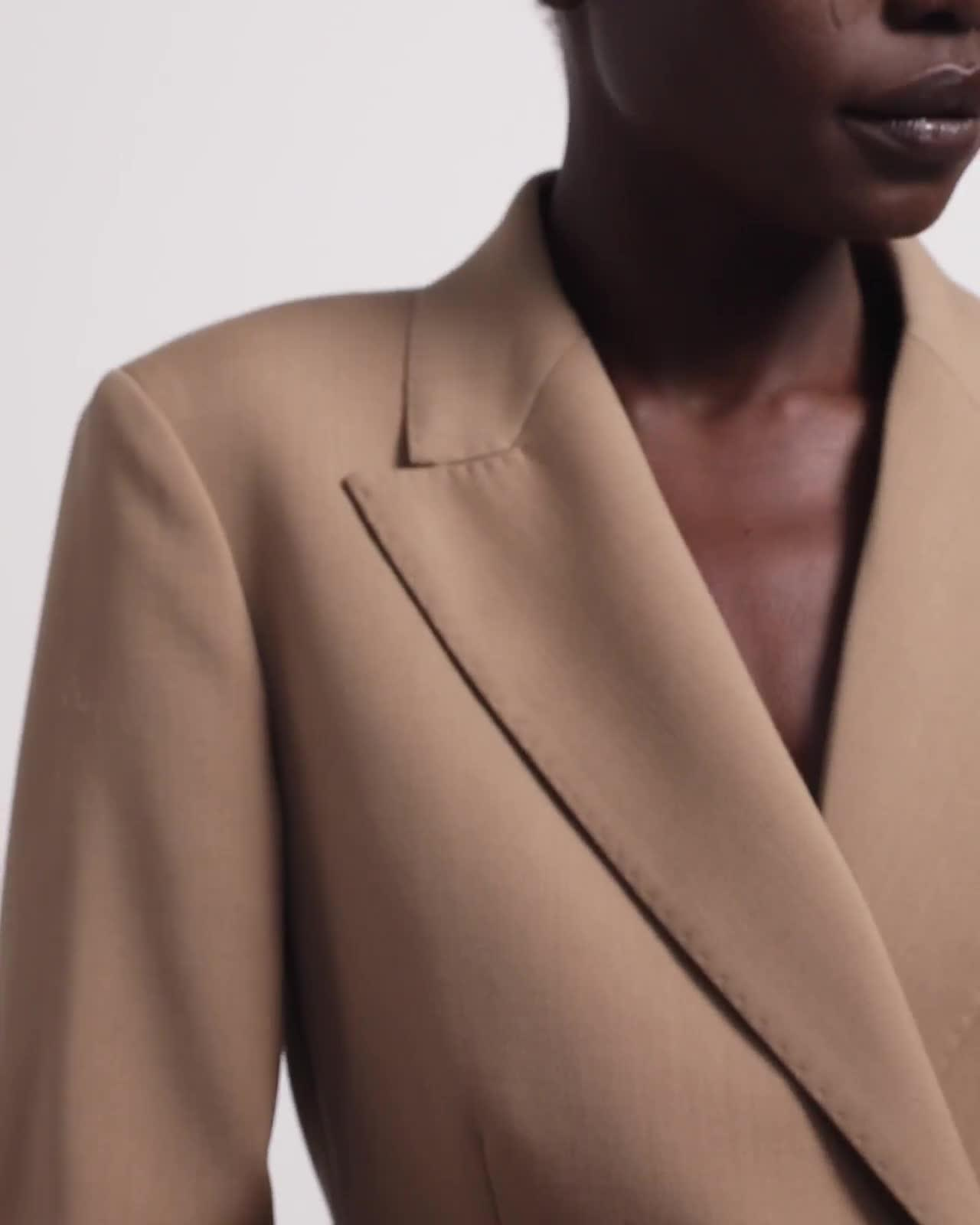 Double-Breasted Hook Blazer in Stretch Wool