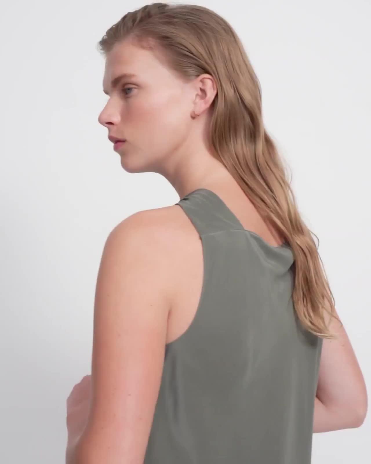 Twist Top in Sandwashed Silk