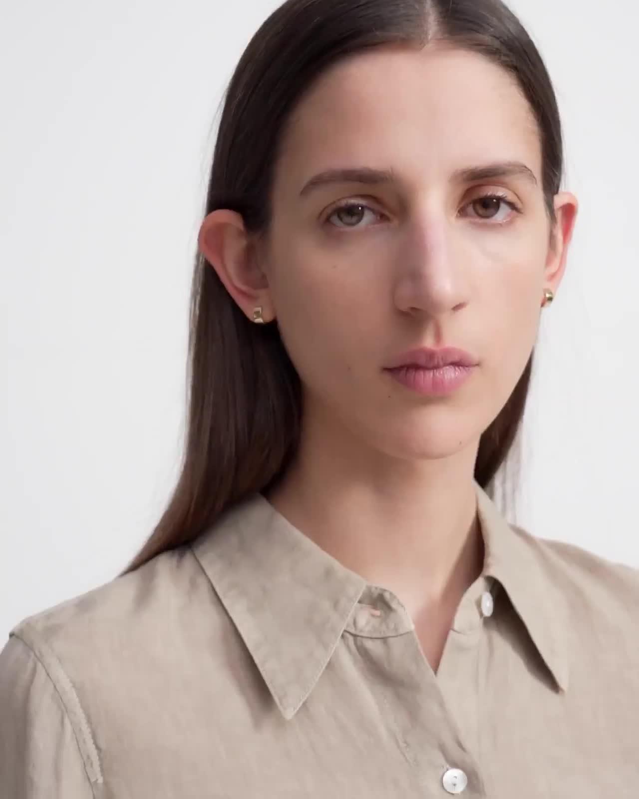 Slim Button-Down Shirt in Spring Linen