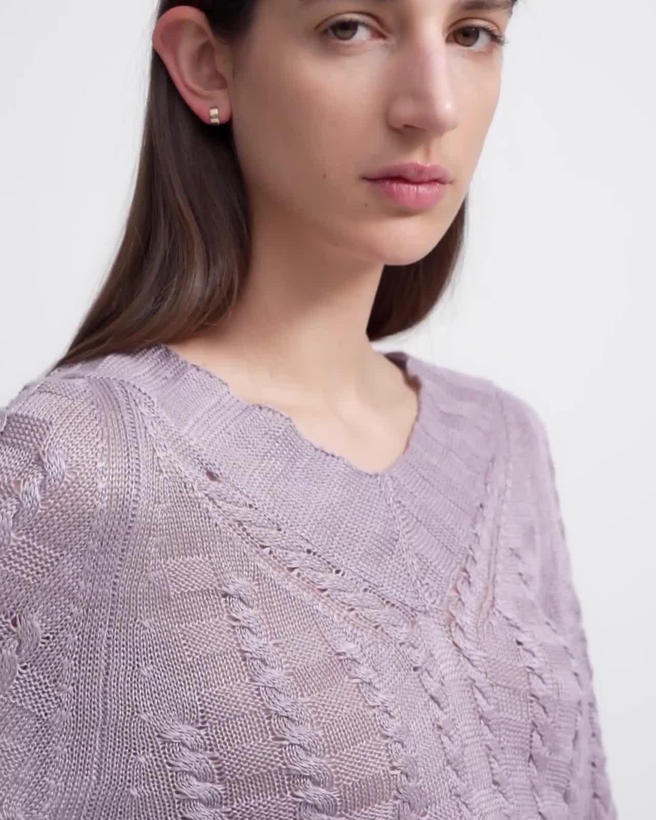 Textured V-Neck Sweater in Linen-Viscose