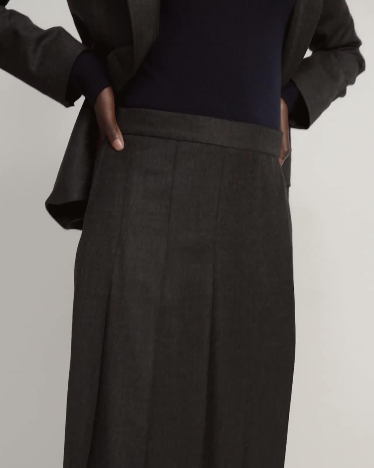 Panel Pleated Skirt in Sleek Flannel