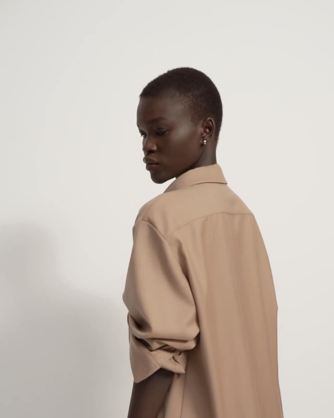 Menswear Shirt in Sleek Flannel